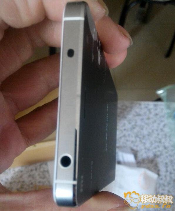 绝不掉漆小米4金属原色框银翼版首发开箱评测