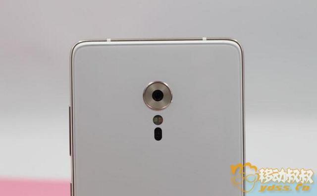ZUK Z2 PRO手機128G+6G才1600元出頭 這個價格哪里找?