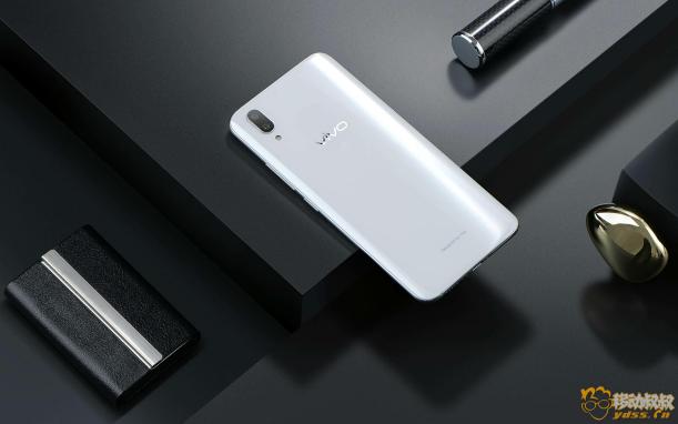 最美全面屏!vivo X21屏幕指紋手機正式推出,史上最智能 2-2033.png